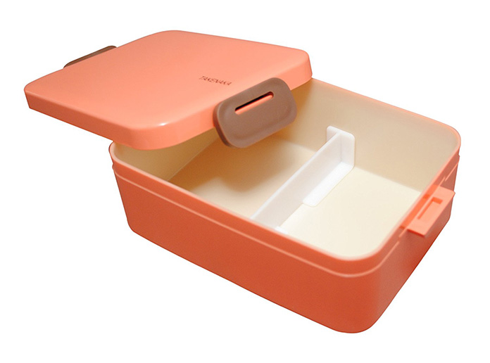 8 Food Containers You Won't Be Embarrassed to Put in Your Work Fridge