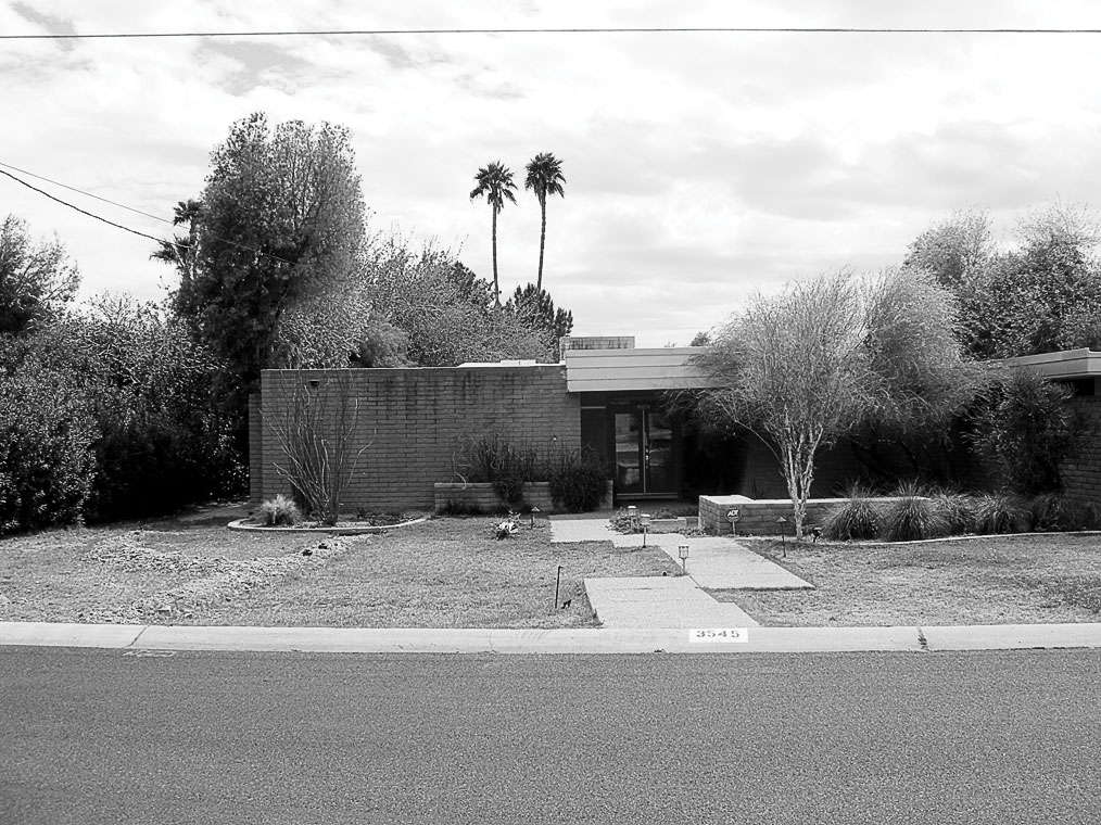 Phoenix Front Yard: Before