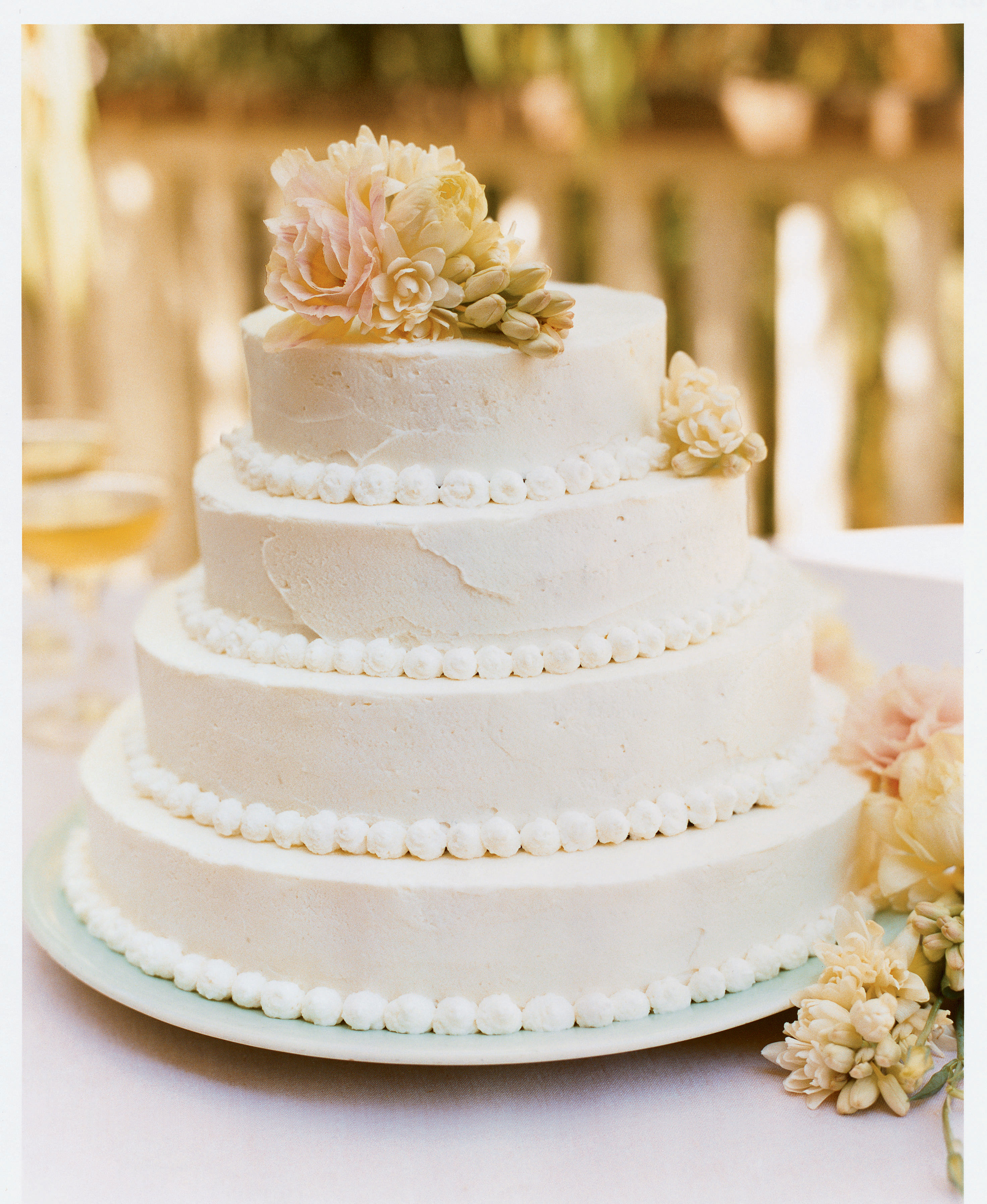 How to Assemble a Tiered Wedding Cake