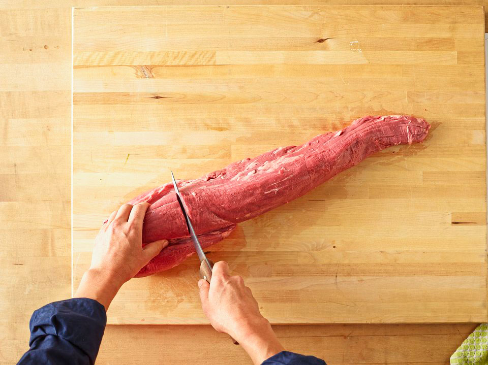 how to cut up a whole beef tenderloin
