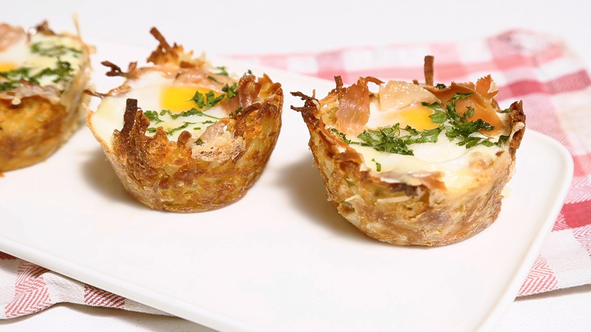 How to Make Hash Brown Egg Nests