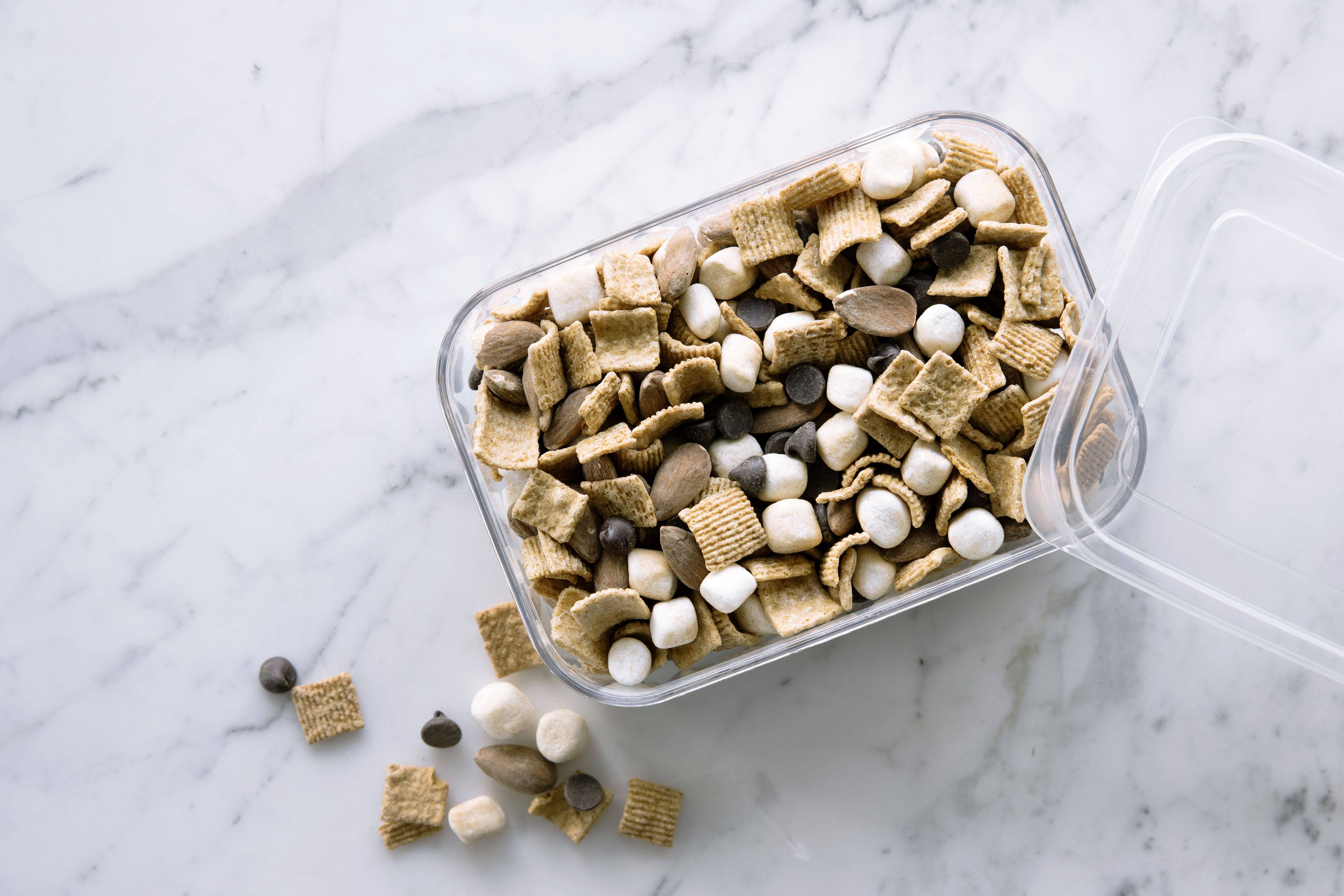 How to Make S'mores Trail Mix