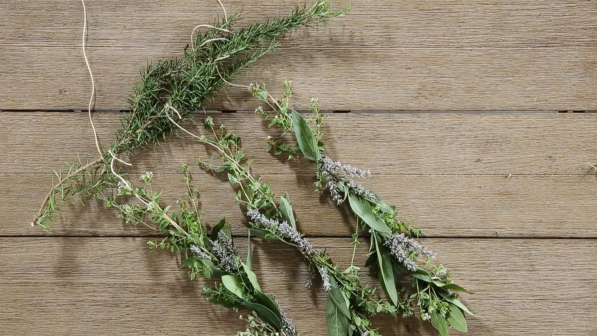 How to Make an Herb Garland