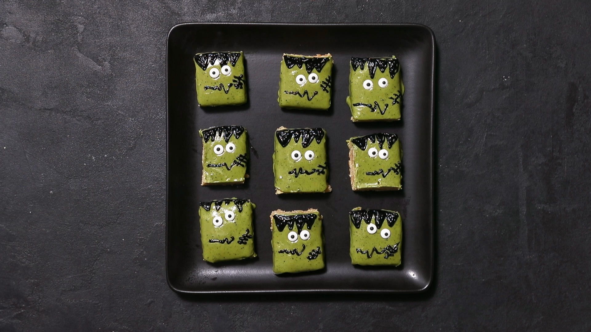 How to Make Frankenstein Cookie Bars