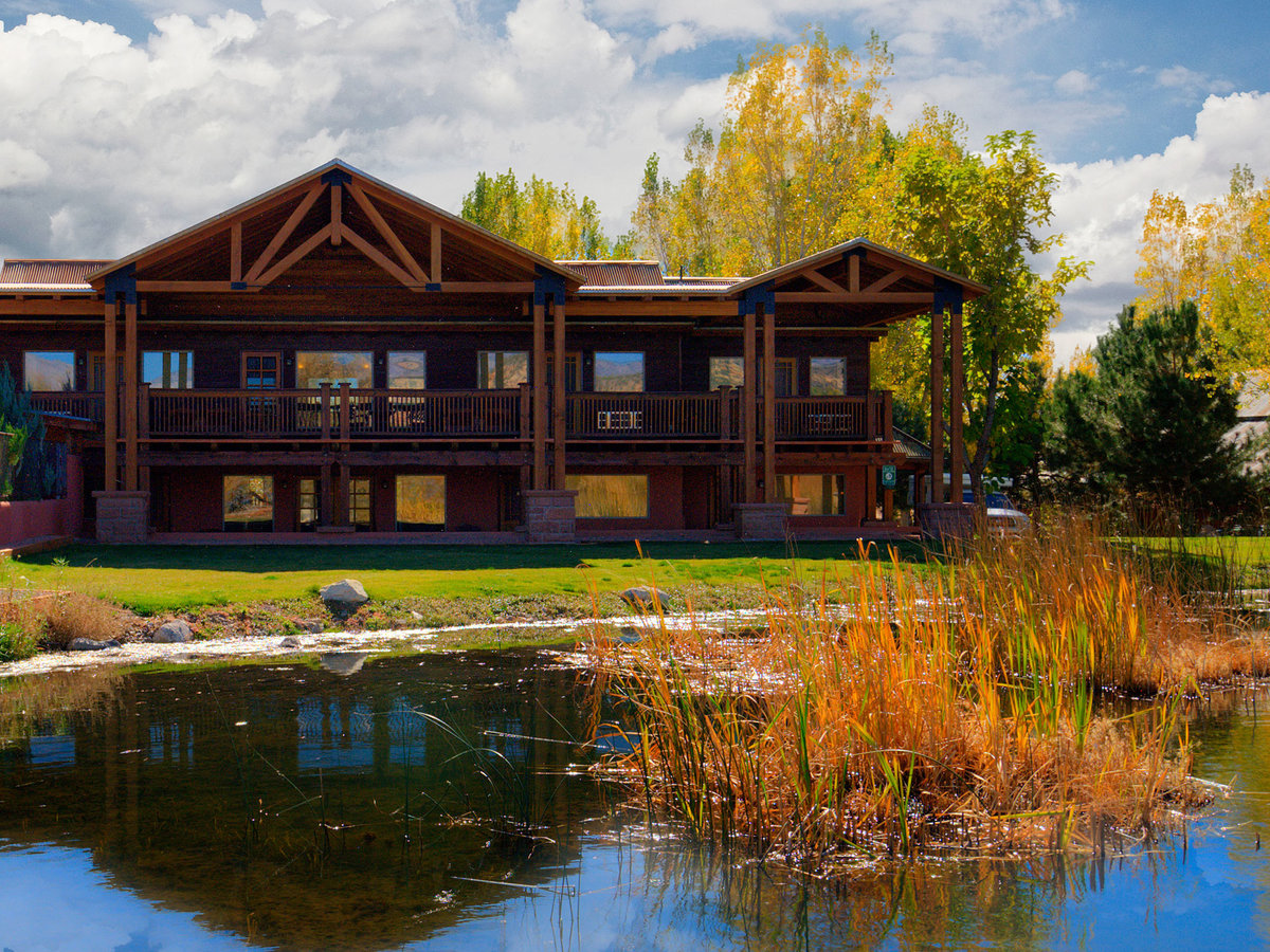 Where to Stay In & Near Bryce Canyon N.P.