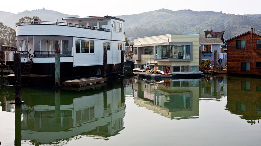 Life And Style On A Modern Houseboat Sunset Magazine