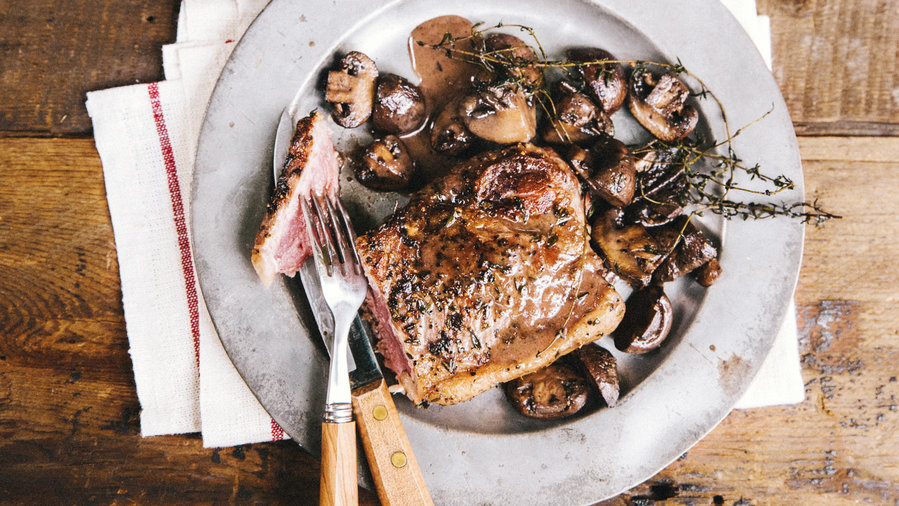 Pan-Seared New York Steak and Mushrooms