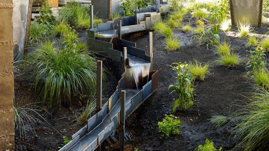 31 Inspiring Garden Fountains Sunset Magazine Sunset