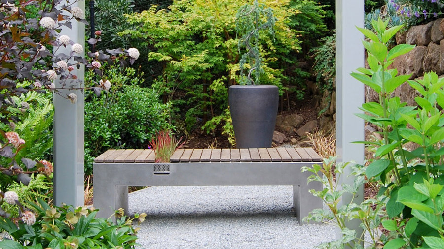 11 Stylishly Functional Garden Benches