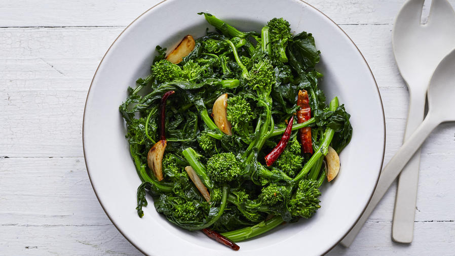 Sautéed Broccoli Rabe with Garlic and Chiles