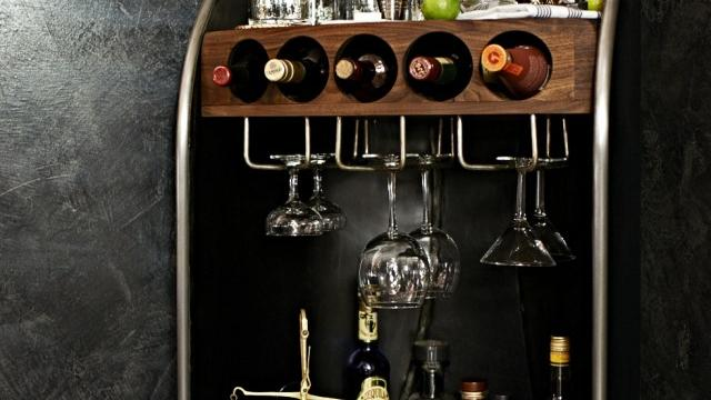 Planning a cocktail party? You need this bar!