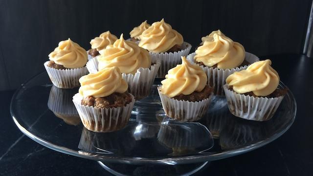 A Semi-Healthy Treat for Halloween: Pumpkin-Carrot Cupcakes
