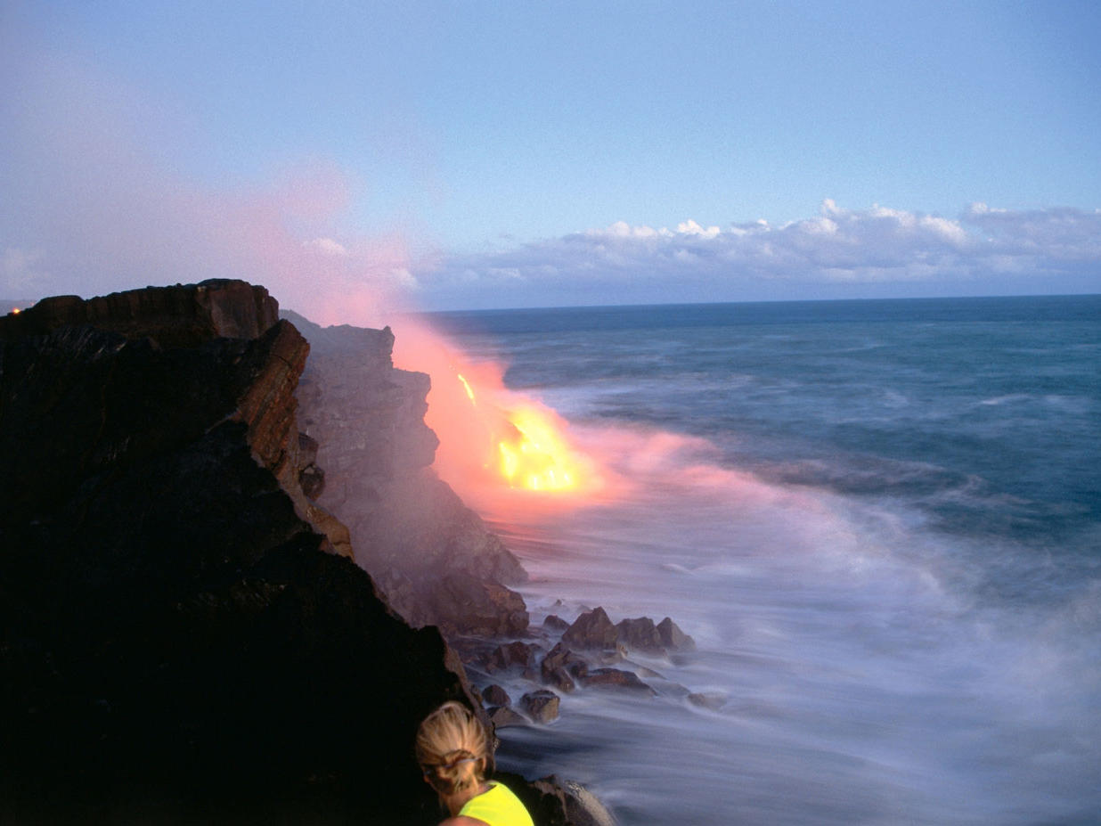 Watch Lava from Kilauea Pour into the Ocean in Hawaii