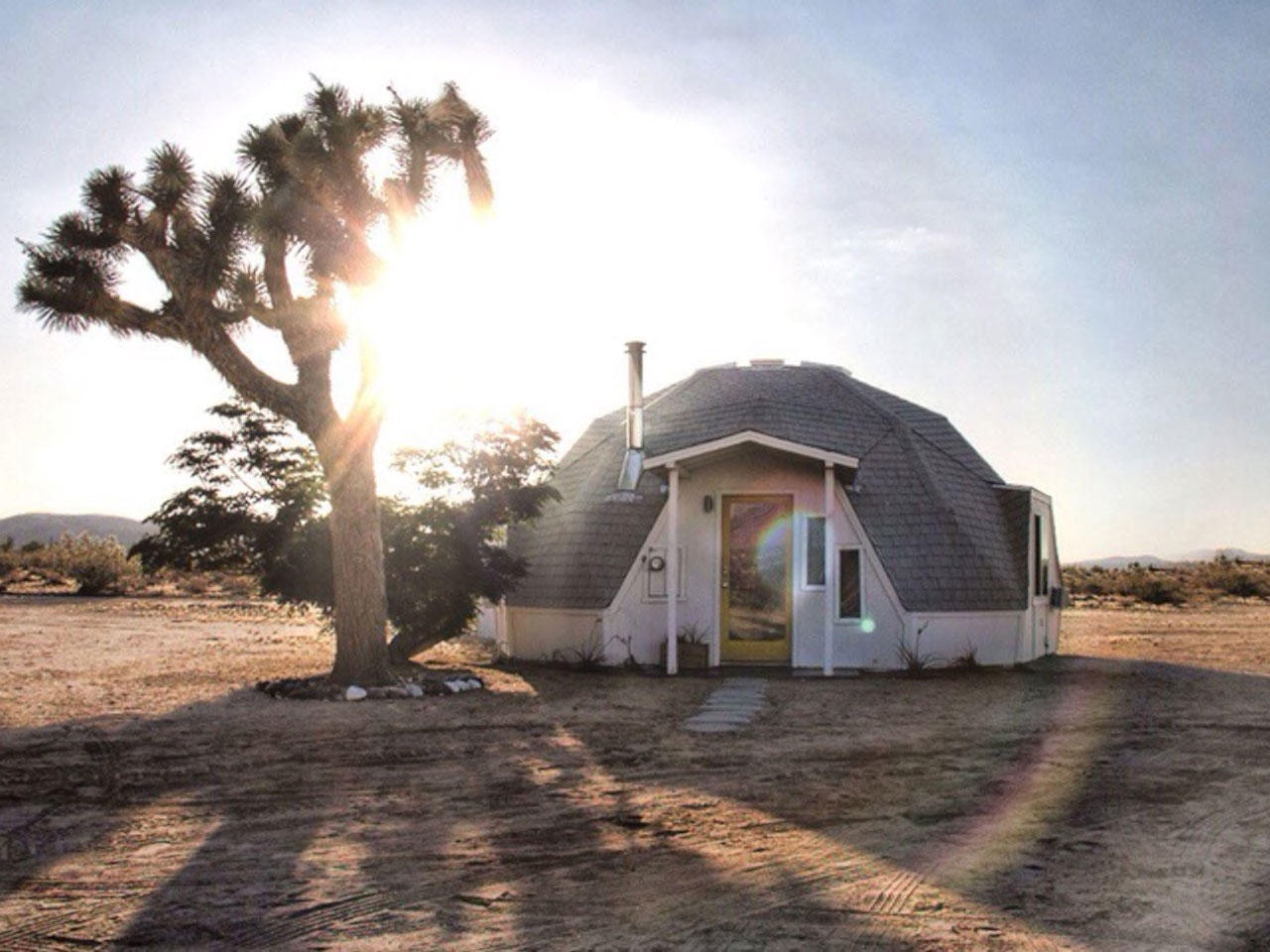10 Serene SoCal Desert Vacation Homes