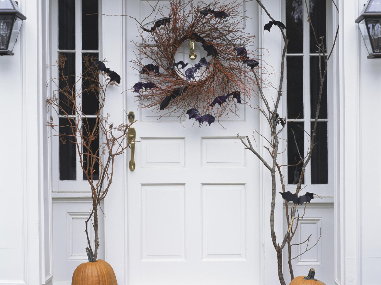 10 Stylishly Spooky Store-Bought Halloween Decorations