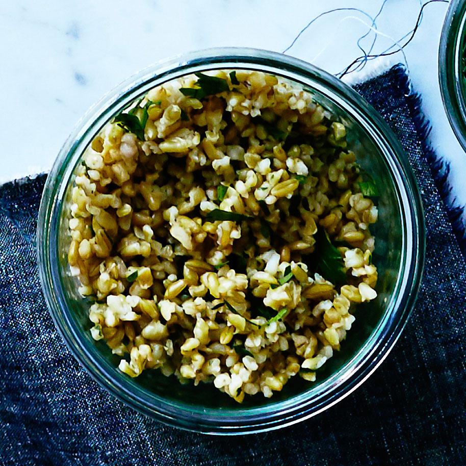 freekeh-parsley-onions-su.jpg