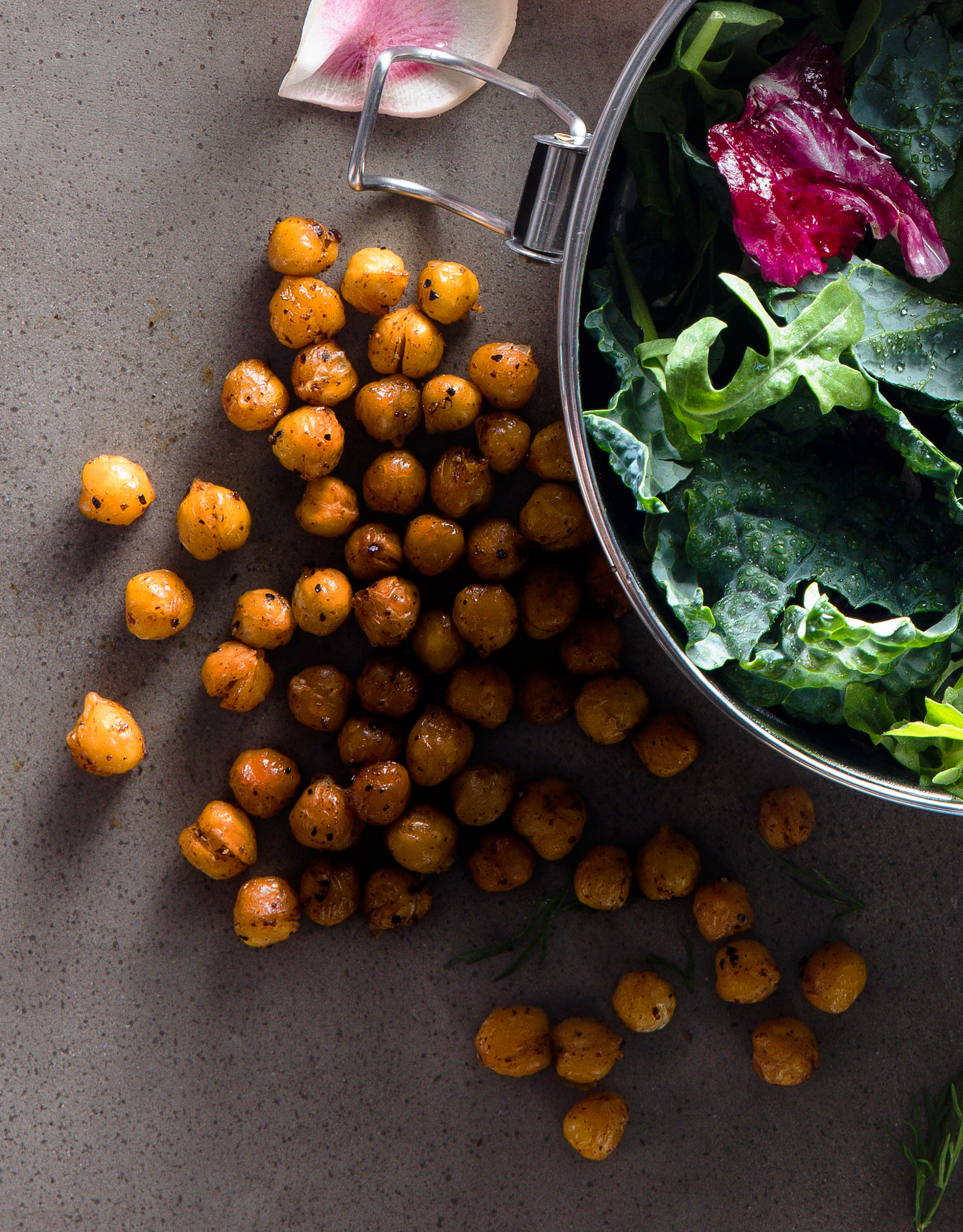 su-Crispy Roasted Chickpeas