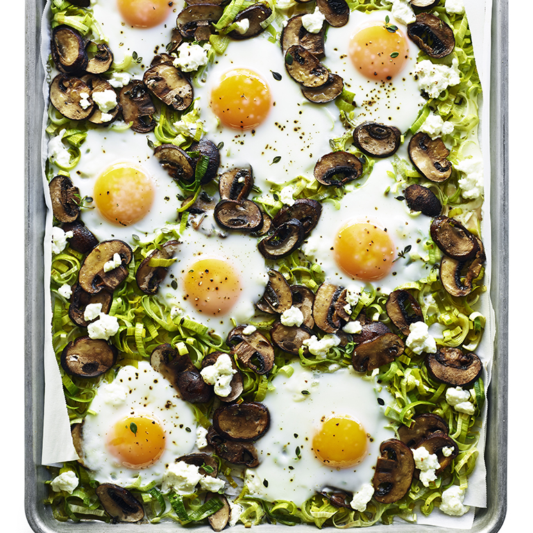su-Baked Eggs with Leeks and Mushrooms Image