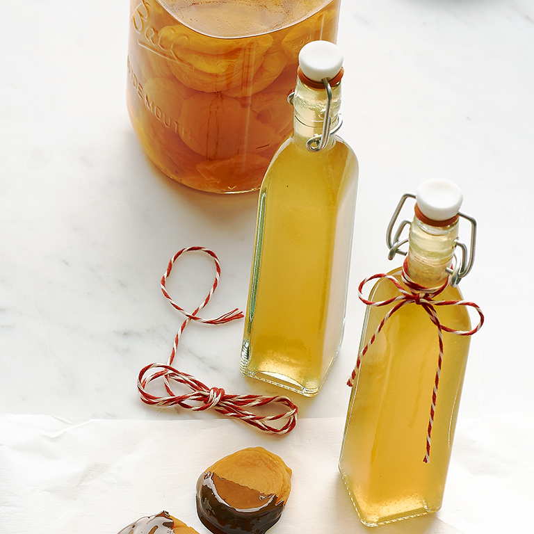 su-Blenheim Apricot Liqueur Image