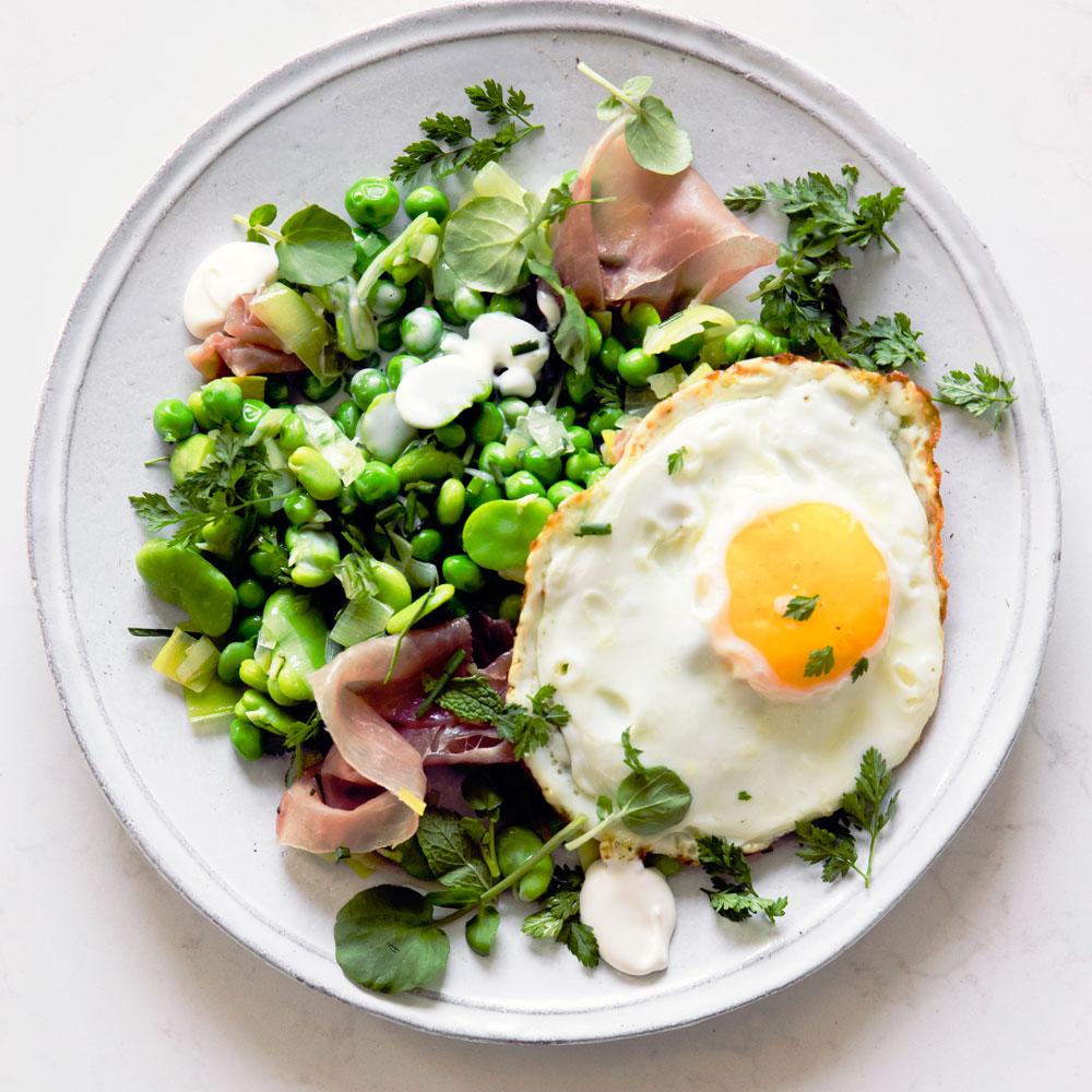 su-Favas and Peas with Serrano and Fried Eggs (Menestra) Image