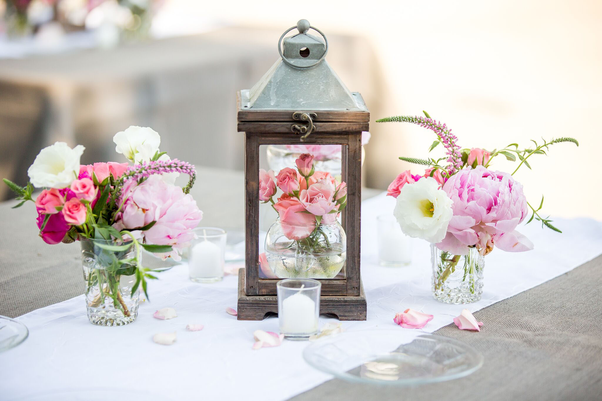 Pretty Ways to Incorporate Pink into Your Wedding Decor