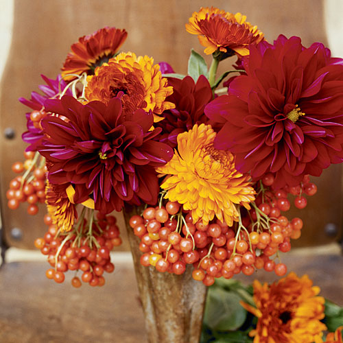 Bold and fiery fall centerpiece