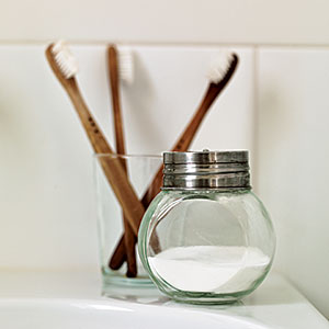 Zero-Waste Tips: Make Your Own Toiletries