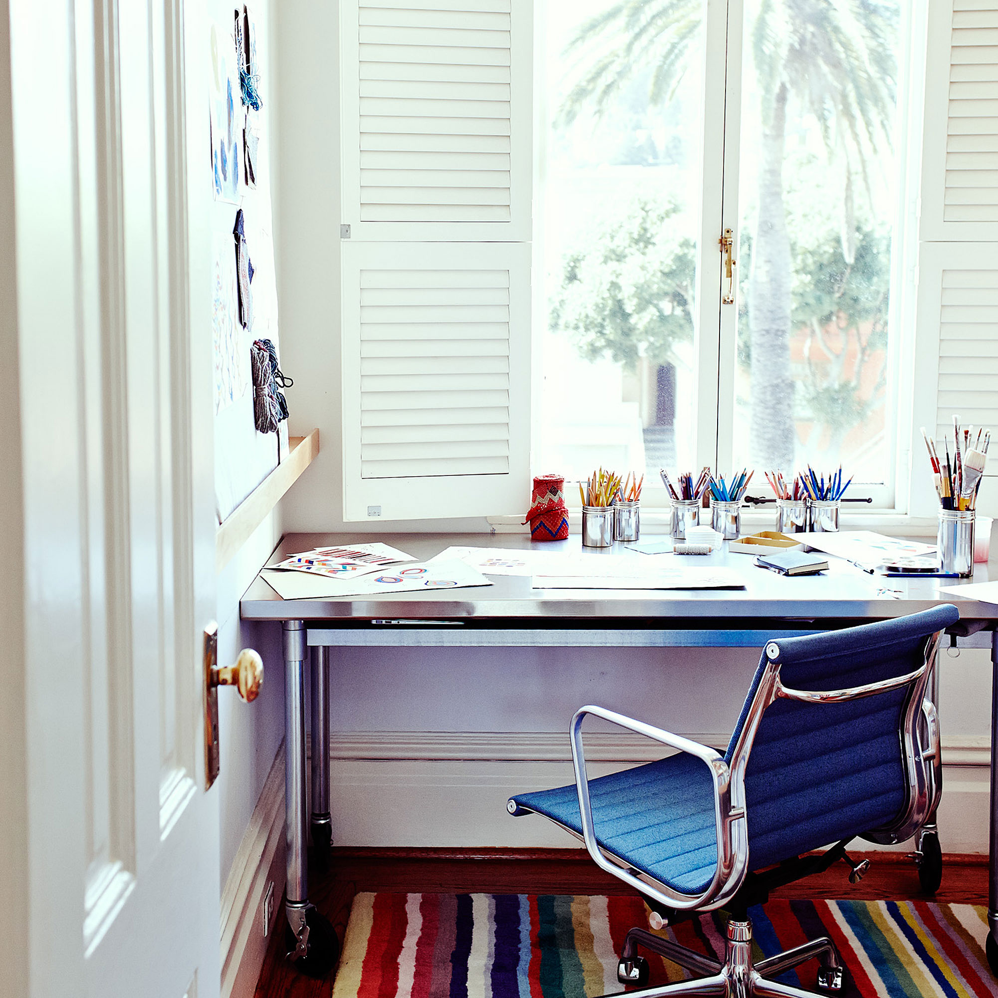 Easy tips for decluttering your work space - Sunset Magazine