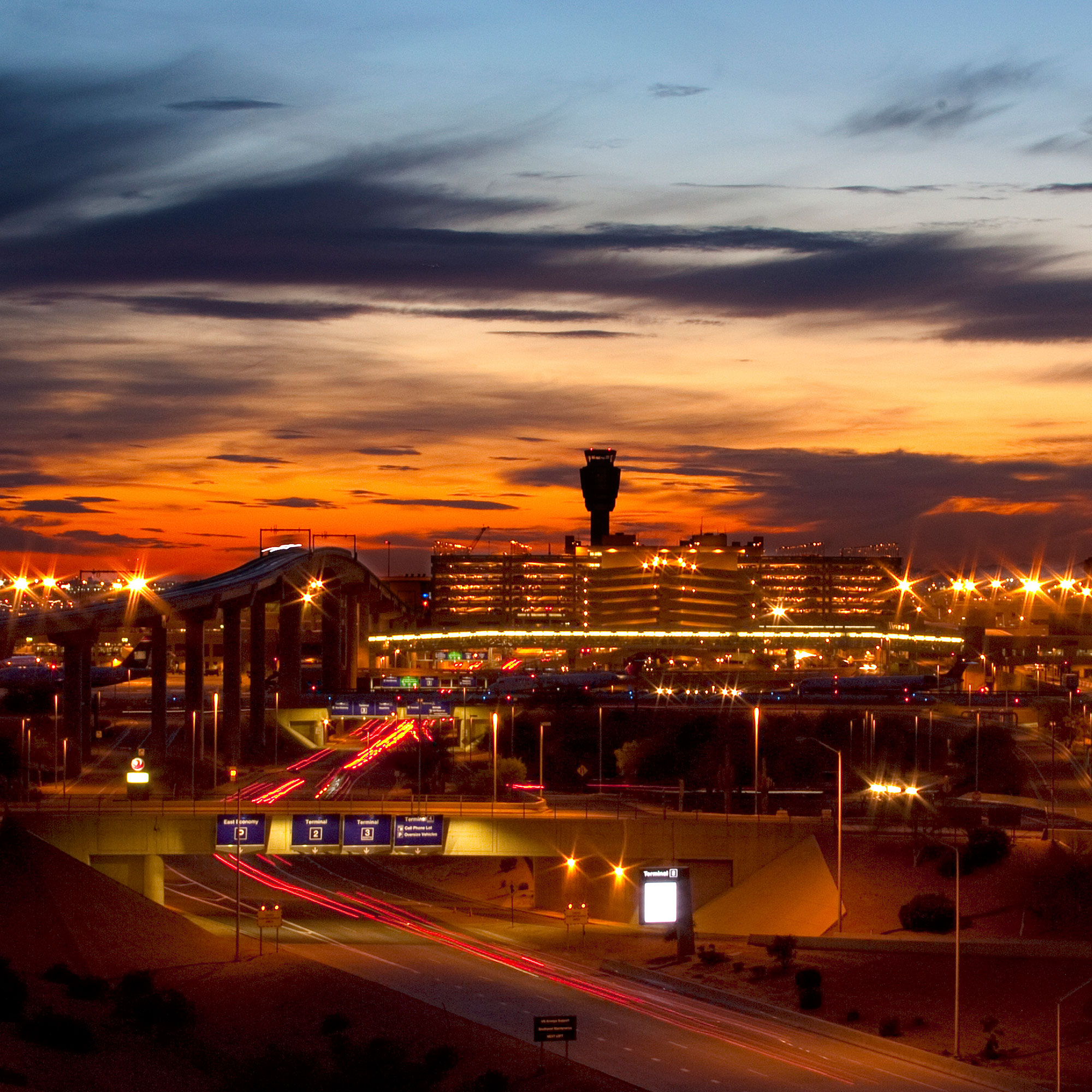 Phoenix Airport Guide - Sunset Magazine
