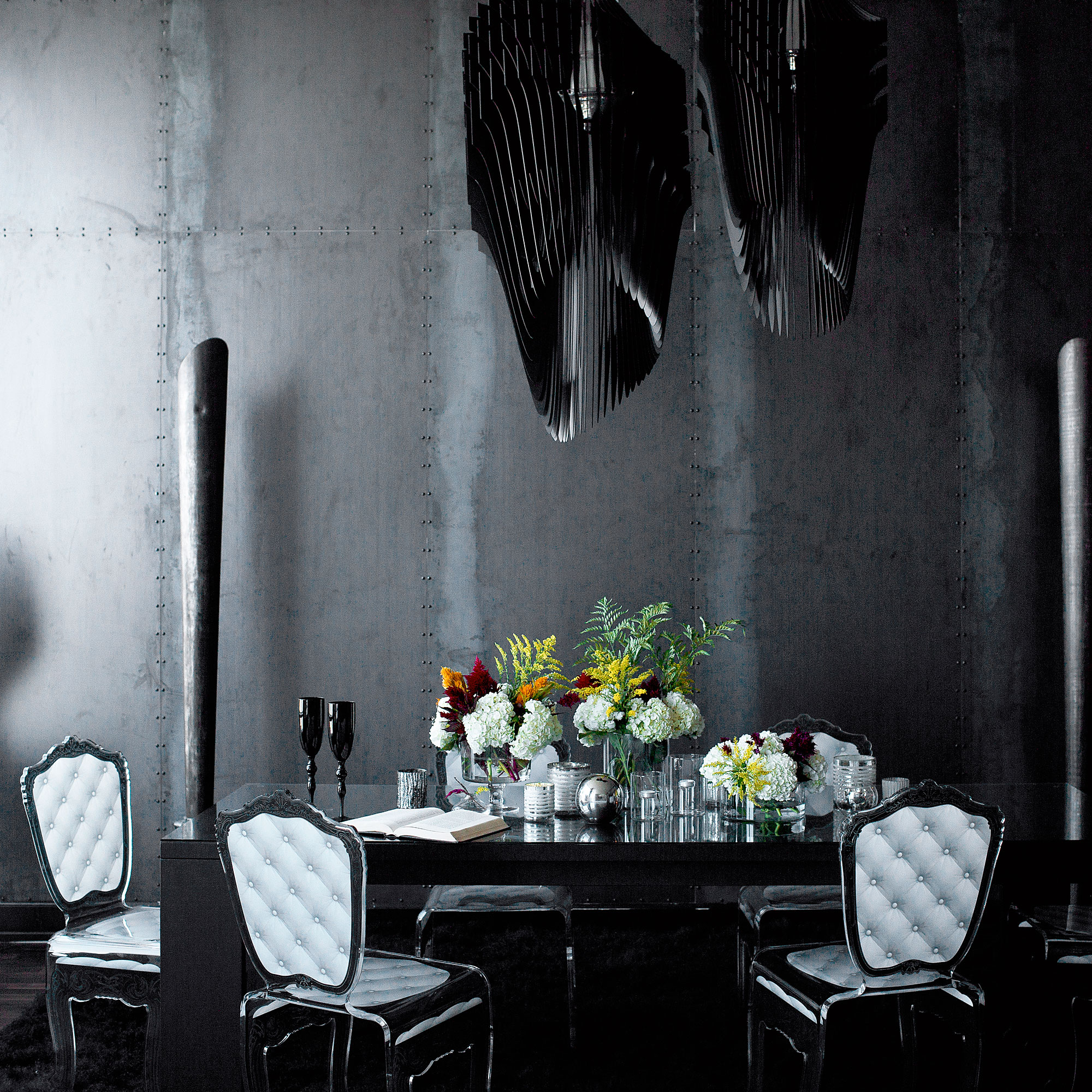 16 Ways to Decorate with Black