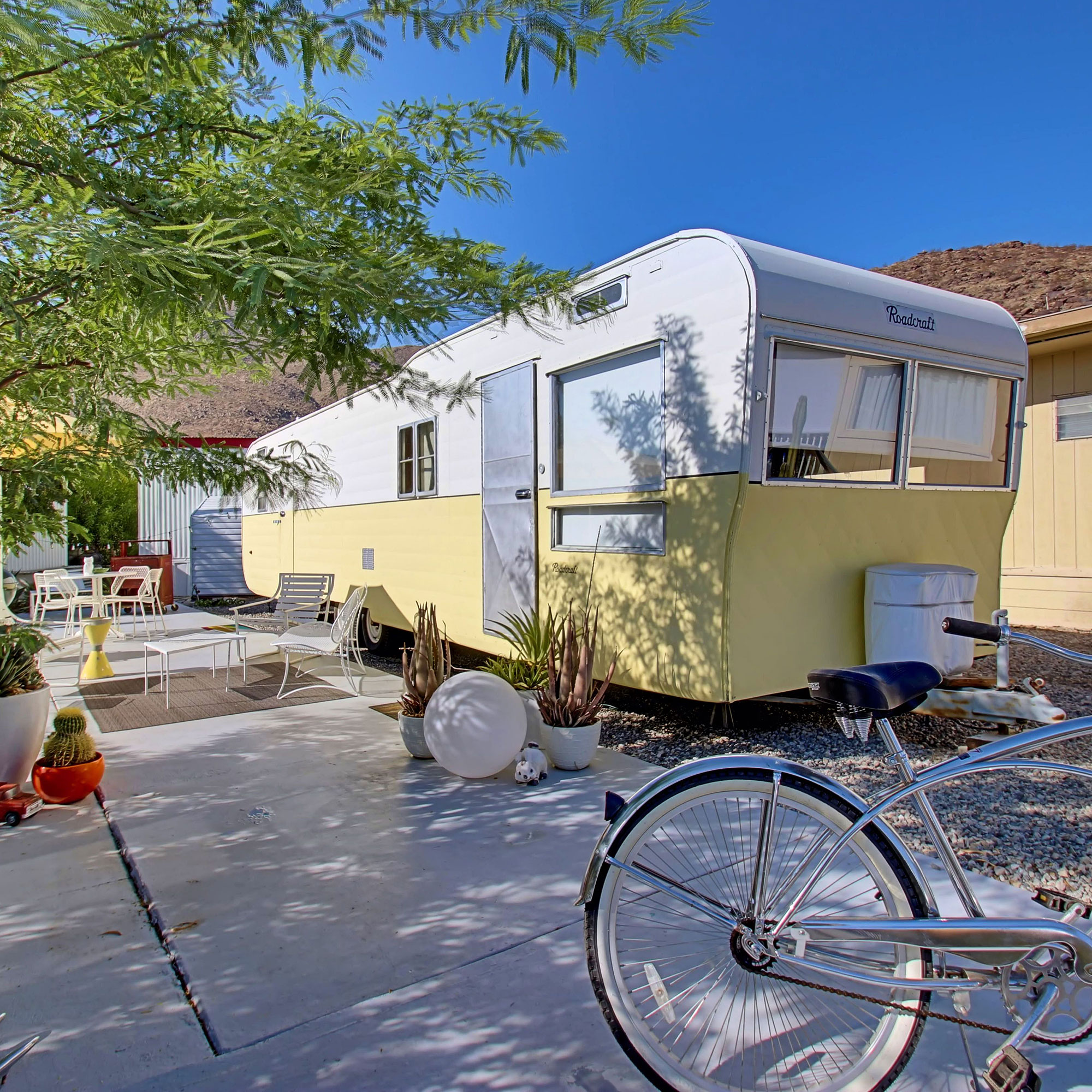 Spotlight On Palm Springs Style Outdoor Areas: A Small Space Isn't A Sacrifice In These Impressive Homes