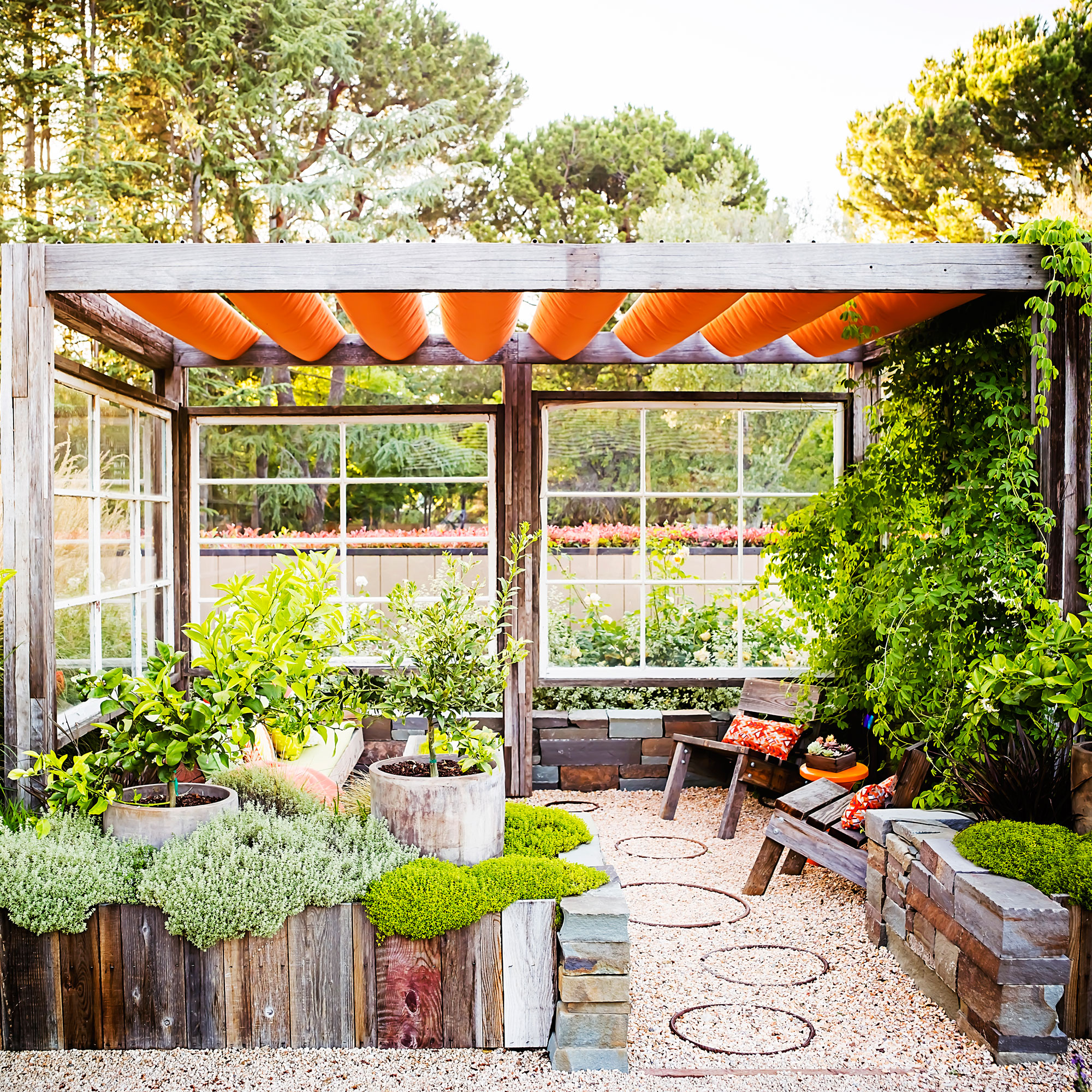 18 Favorite Outdoor Rooms - Sunset Magazine