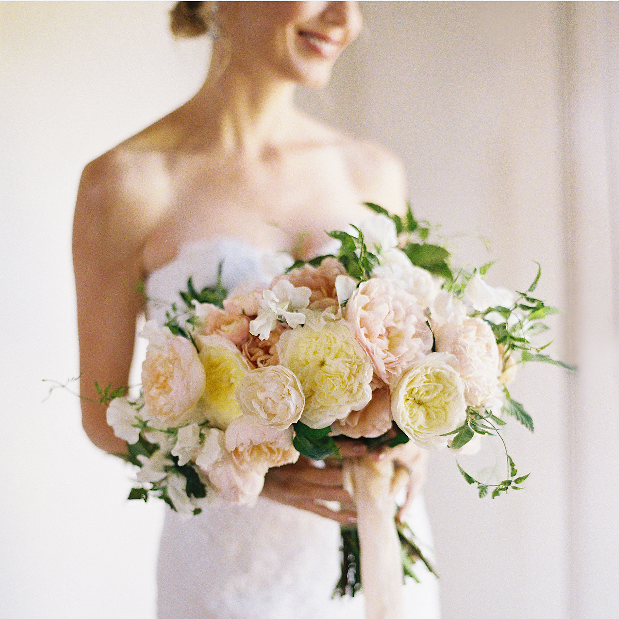 29 Must-Have Wedding Bouquets
