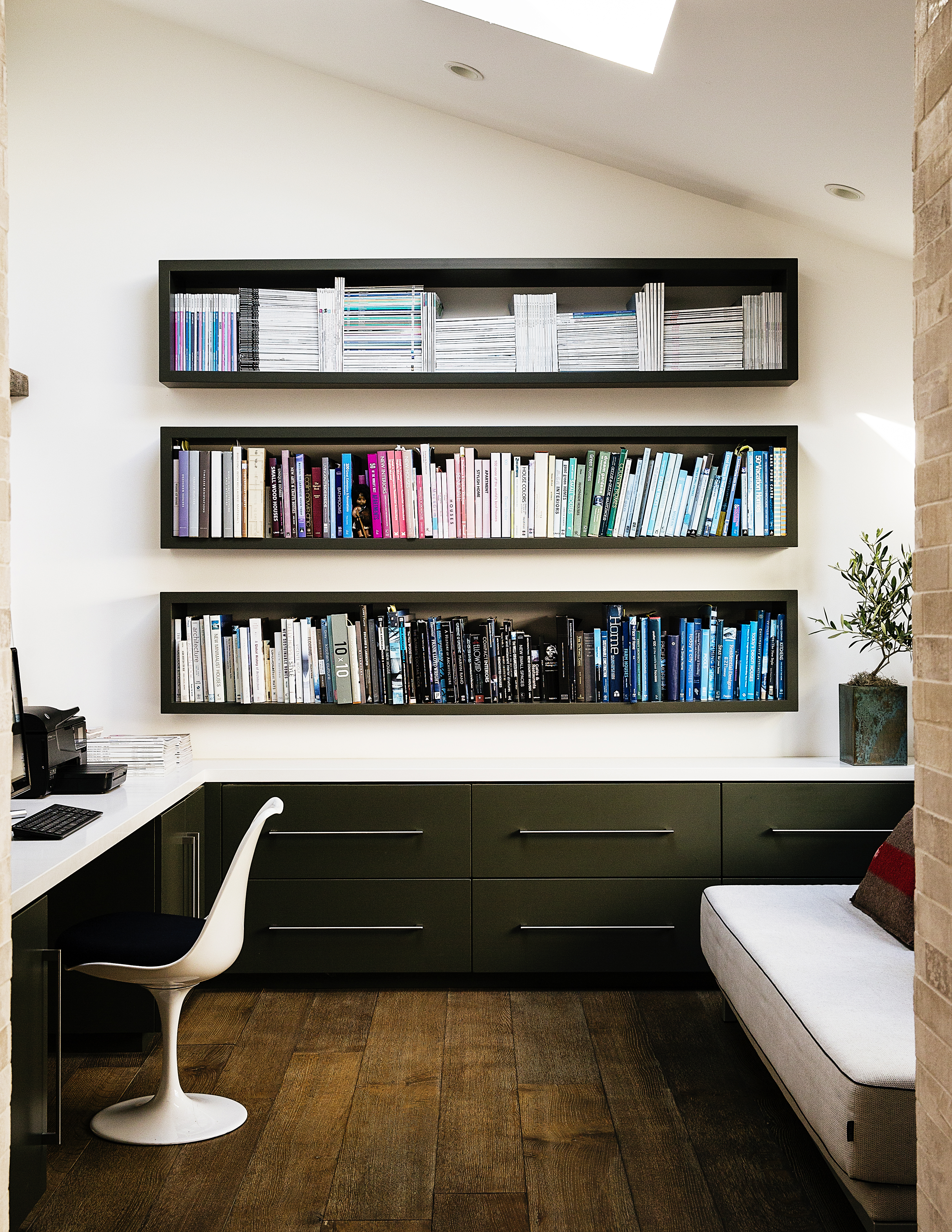 Inset in style Create the storage you