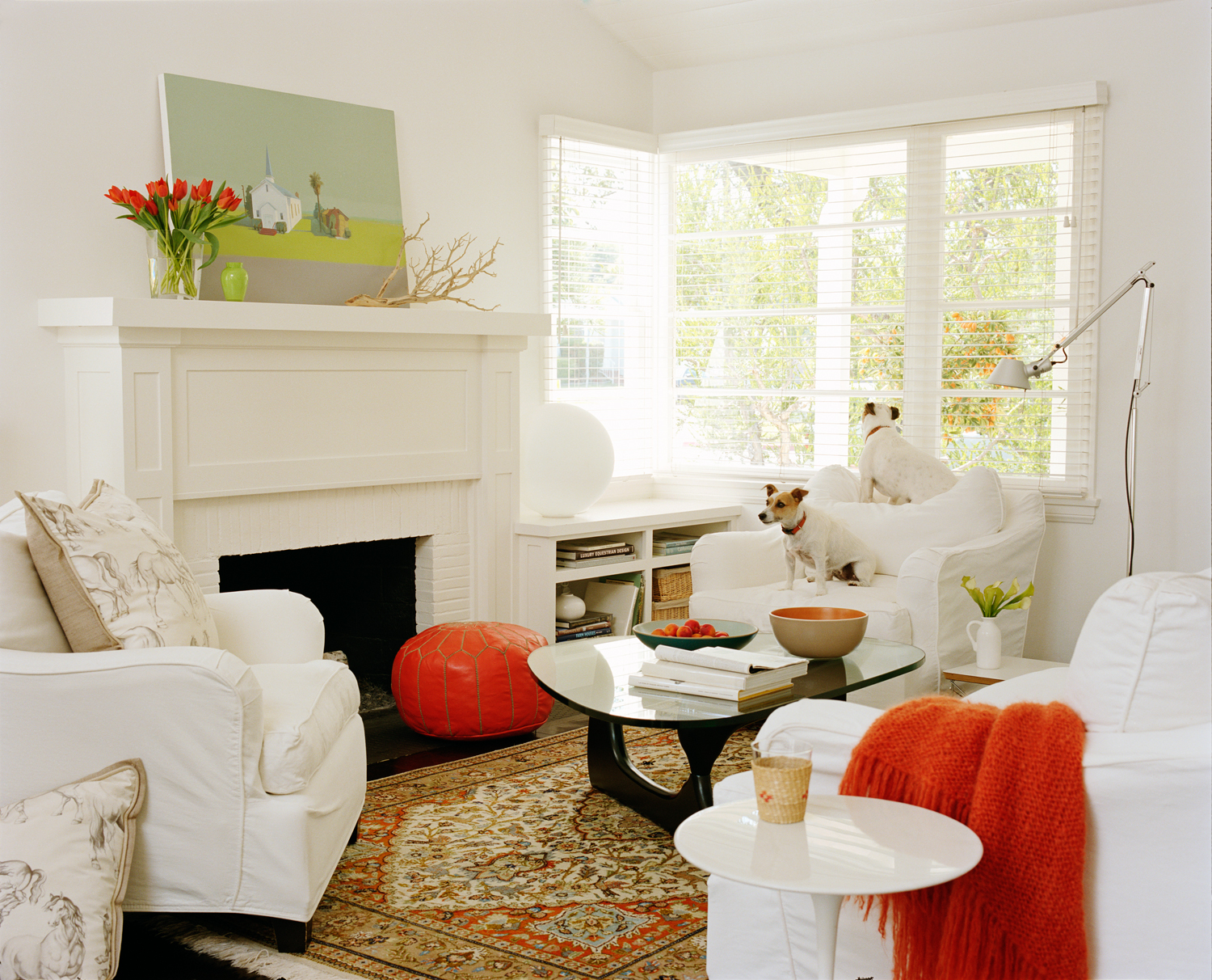 15 Clever Ideas For A Small Living Room - Reverb