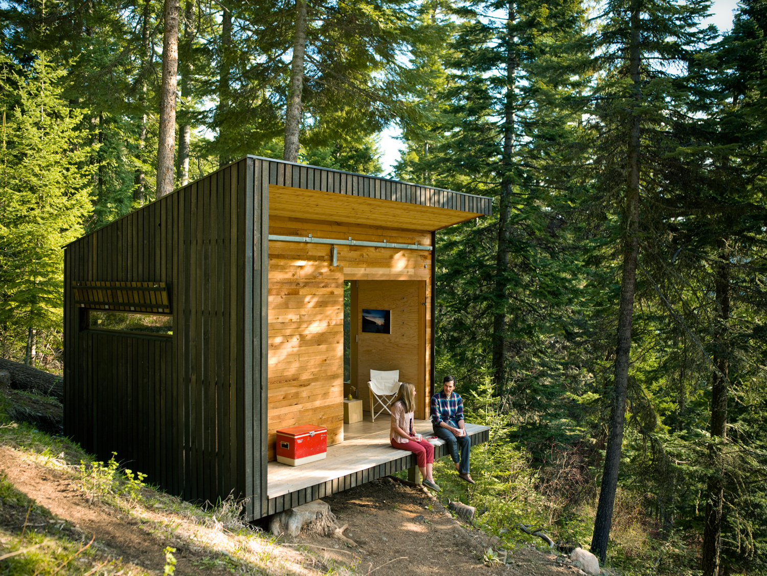 diy cabin in the woods - sunset magazine