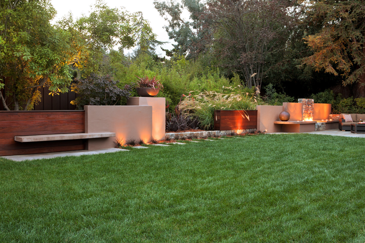 38 ideas for firepits sunset magazine for 38 garden design ideas