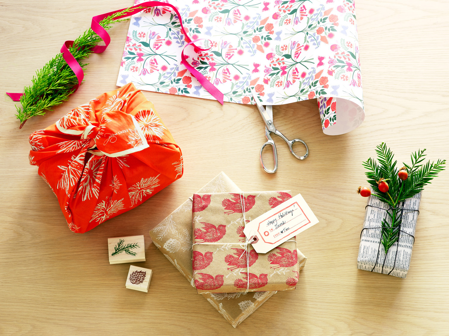 8 Unique Gift Wrap Ideas