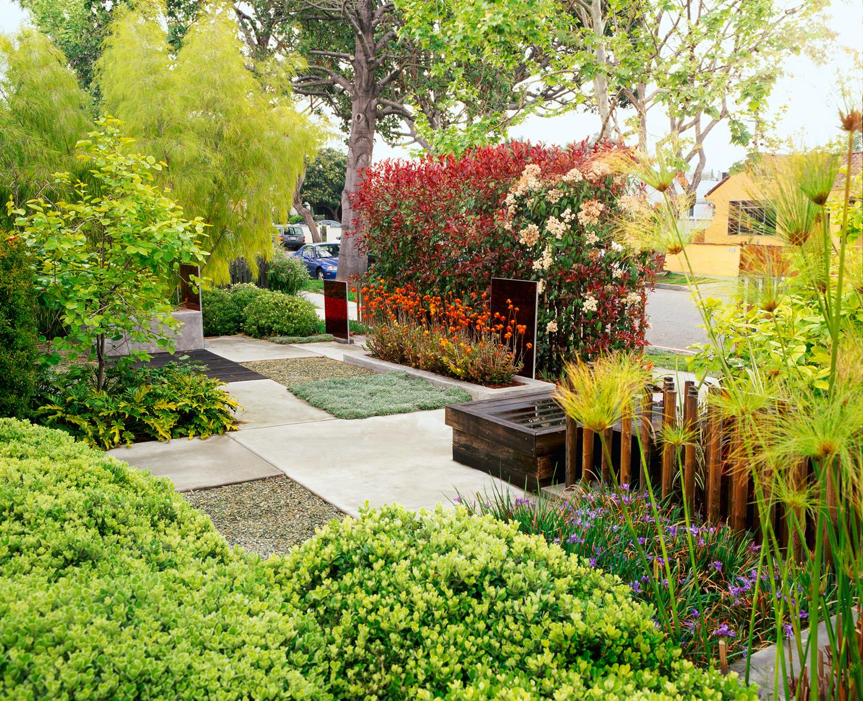 23 Small Yard Design Solutions - Sunset Magazine