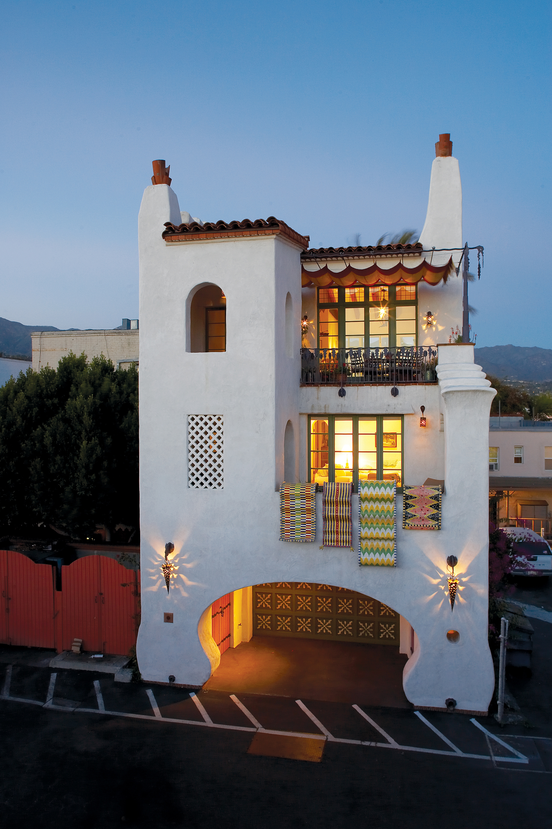 Taking A Spanish House S Style To New Heights Sunset