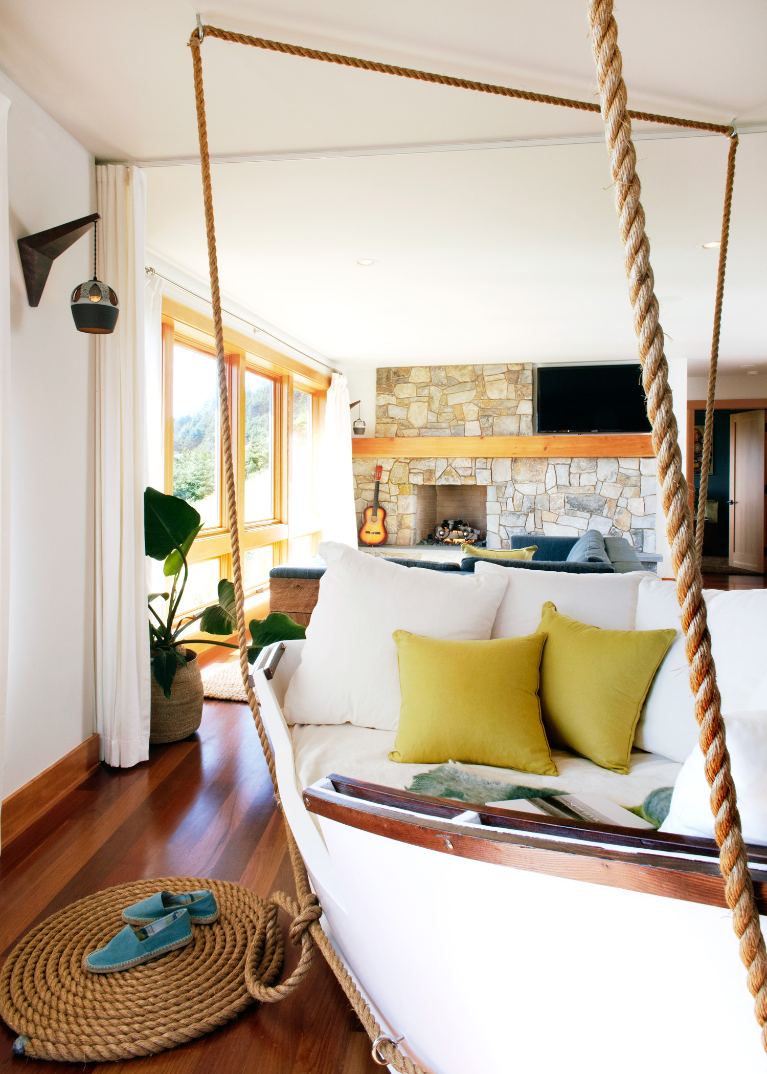 Get boho chic style with these globally inspired looks - Beach home decor ideas ...