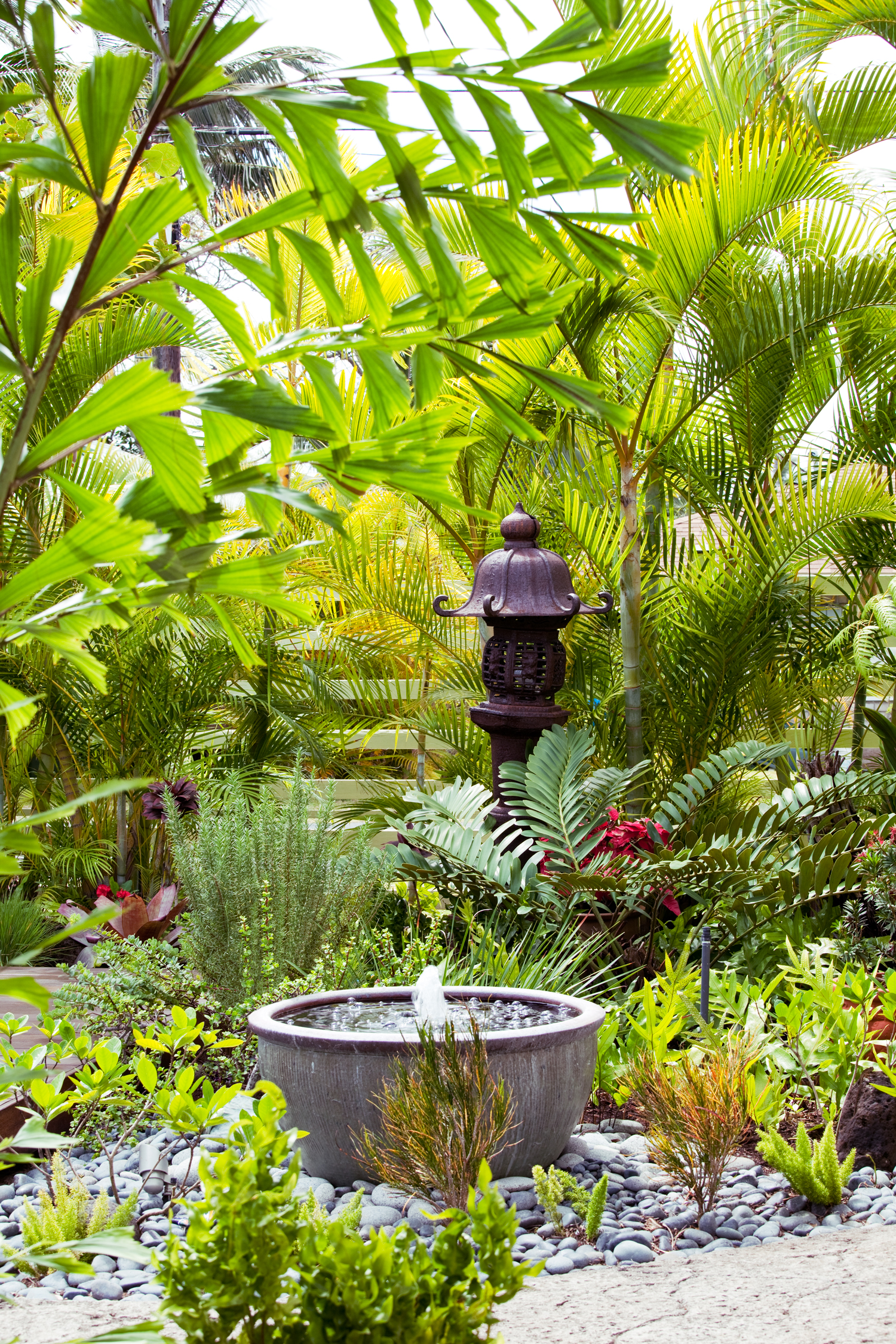 31 Inspiring Garden Fountains - Sunset Magazine