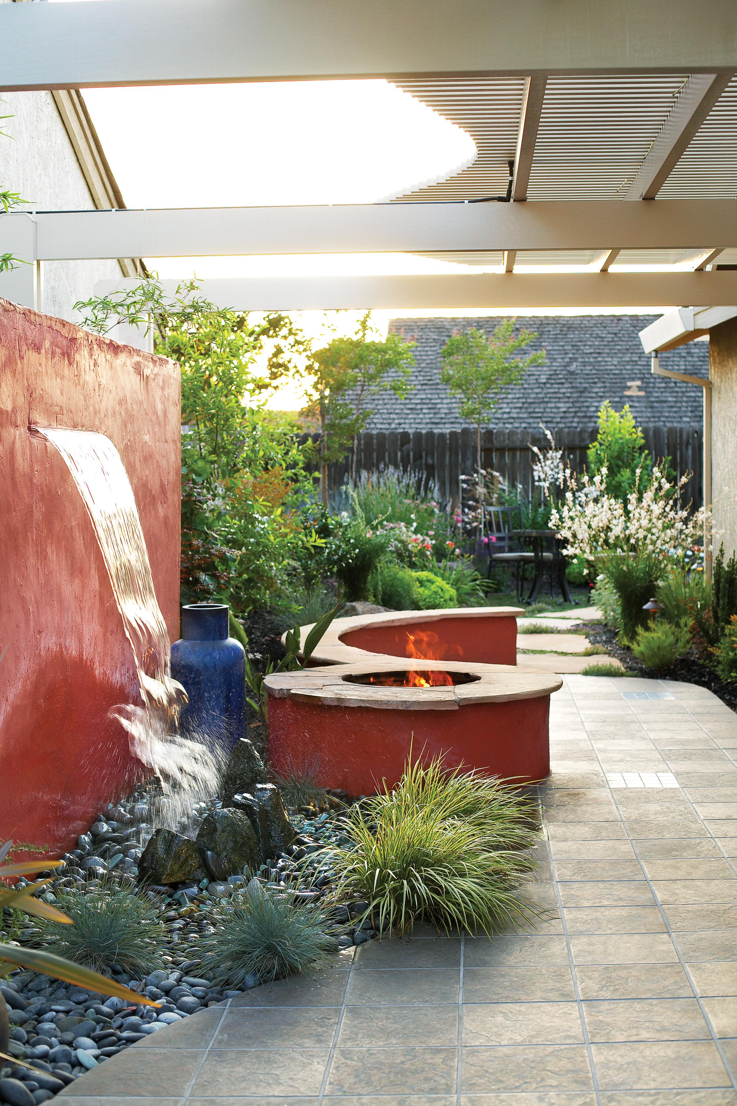Side Yard Ideas - Sunset - Sunset Magazine on Side Yard Designs id=83603