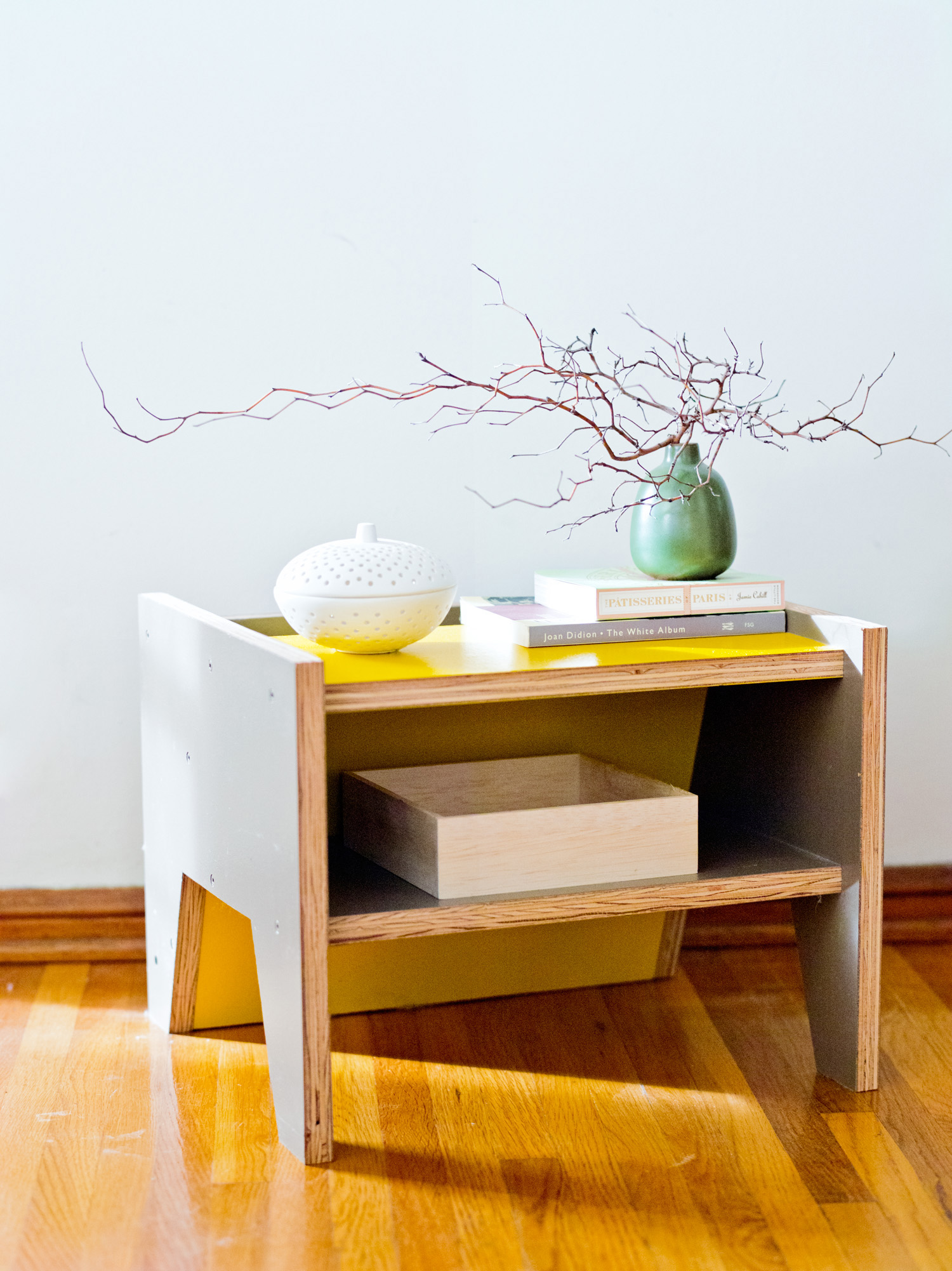 Versatile Ideas For A Small Live Work Space Sunset Magazine