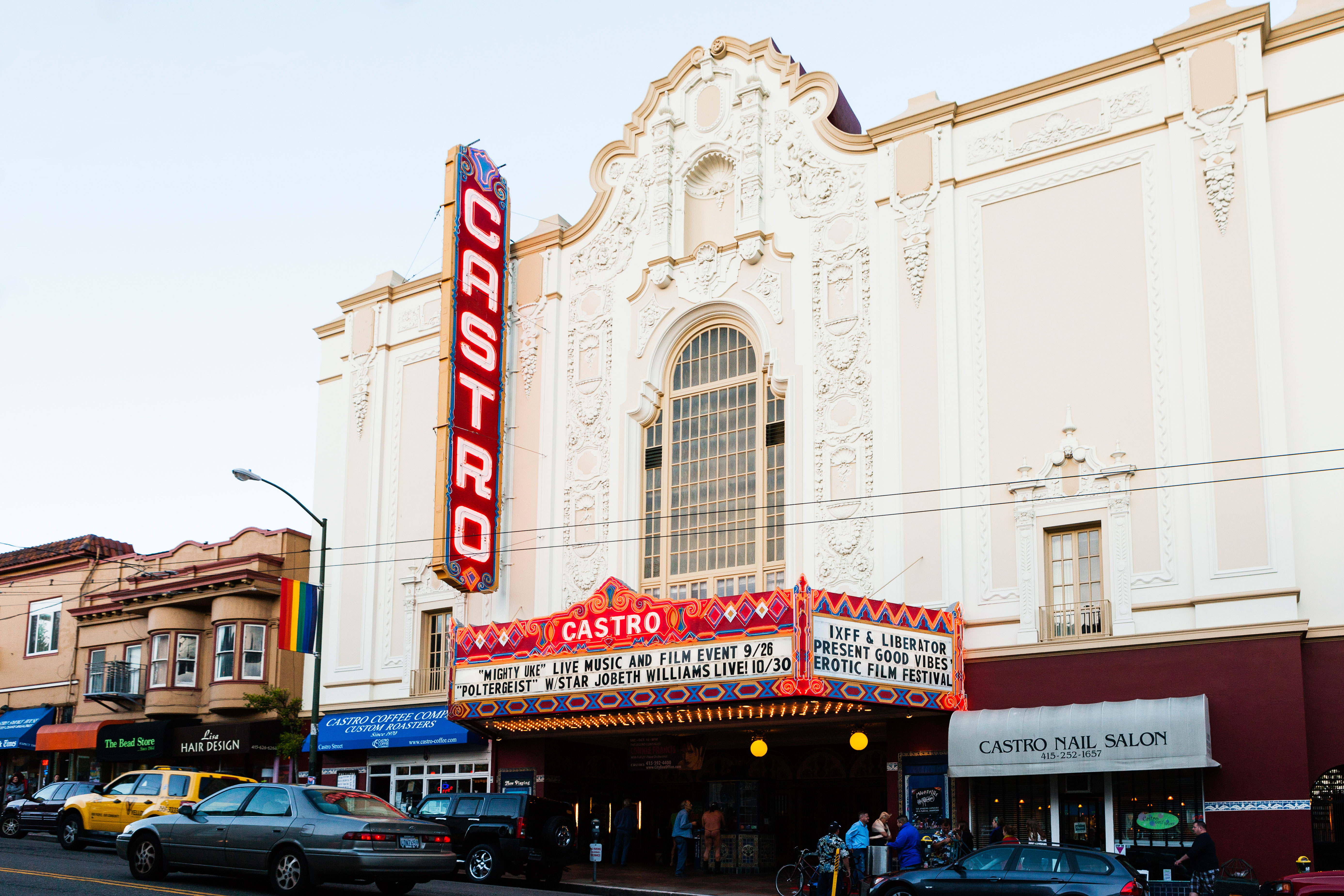 12 historic movie theaters - Sunset Magazine