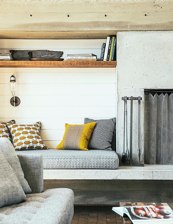 Decorating Living Room Shelves. Solo style 51 Great Ideas for Shelves  Sunset Magazine