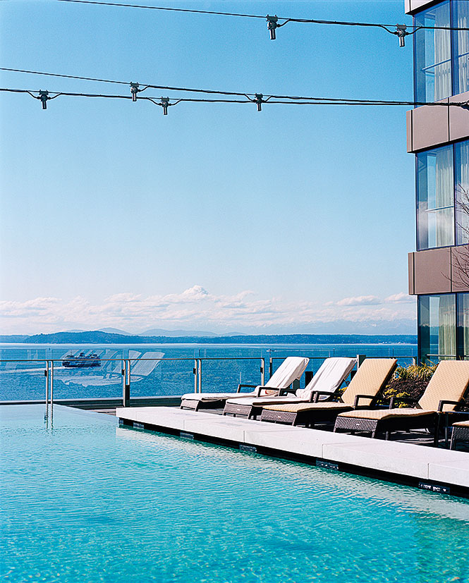 Infinity pool at Four Seasons Hotel Seattle