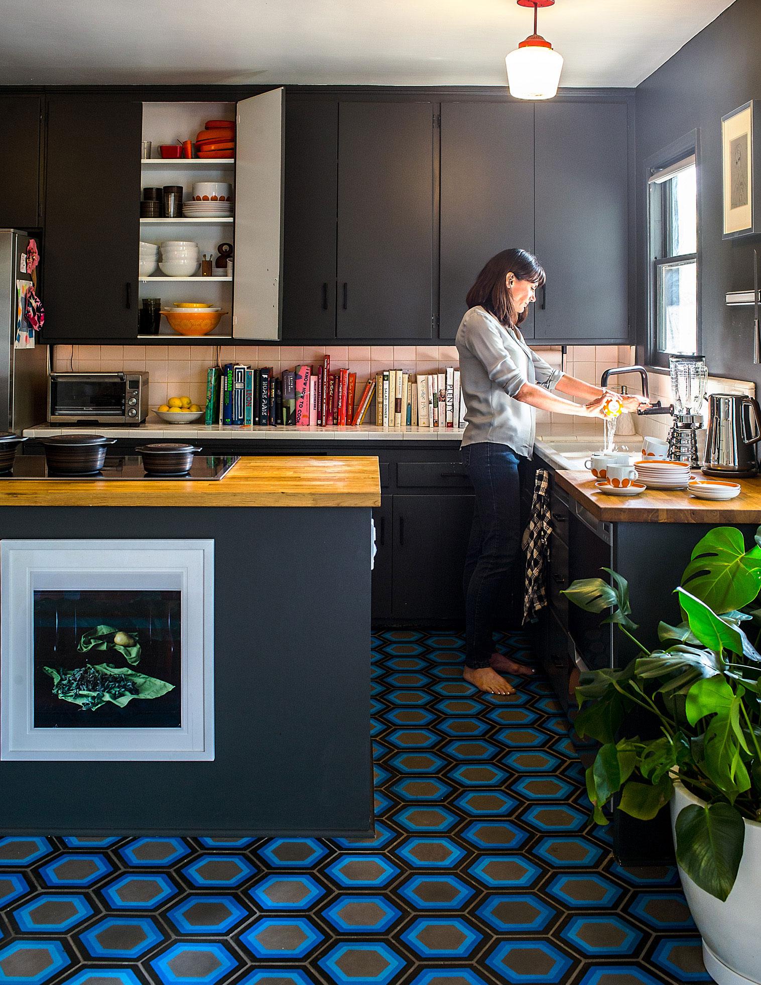 17 Gorgeous Modern Kitchens - Sunset Magazine