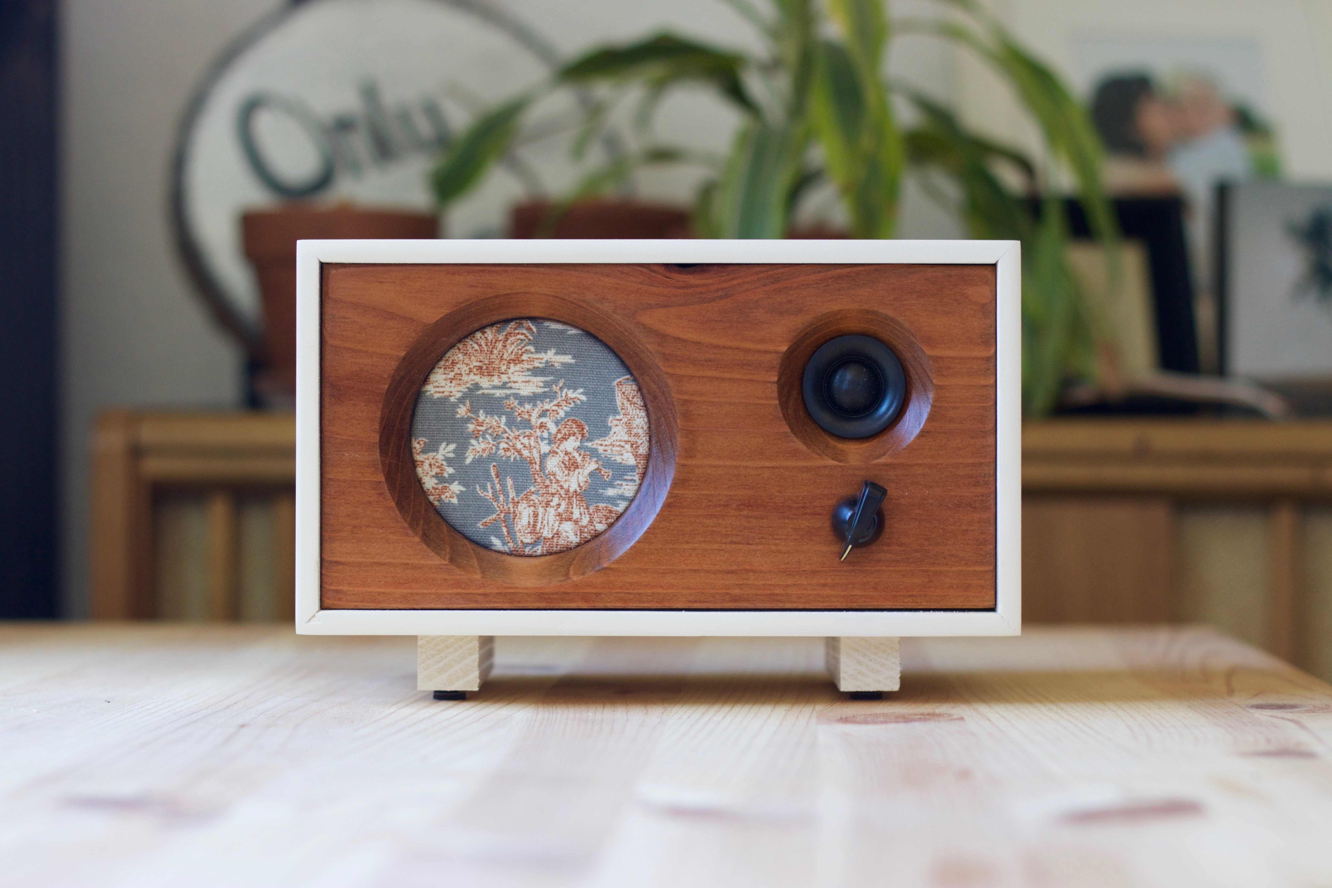 14 cool tech gifts sunset magazine for Funky household gifts