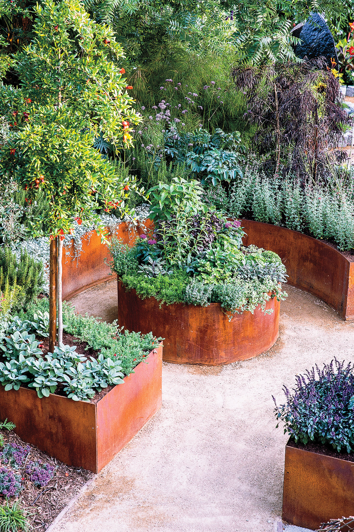 Sunset magazine for Edible garden design ideas